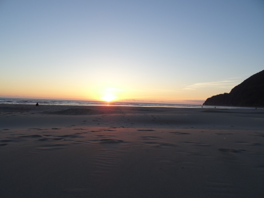 Sunset at Manzanita Beach. Photo by Laura Dedon Oxford.